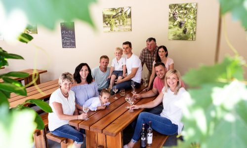 weingut-onlineshop-zeitlberger-familie-heuriger